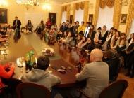 Gradonačelnik Puljašić primio učenike OŠ Antuna Kanižlića s gostima iz Portugala, Poljske i Italije